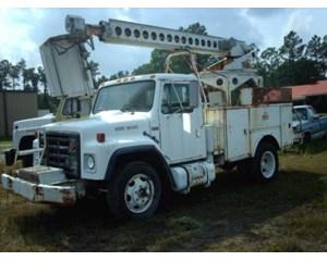 International 1654 Bucket / Boom Truck