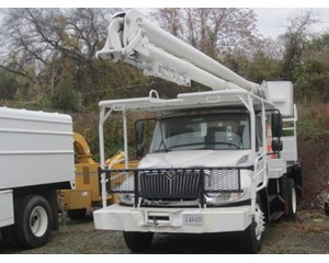 International 4300 DT