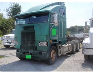 Freightliner  FLAA104064T