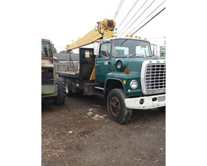 Ford  880