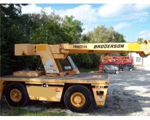 Broderson IC-80-3G Crane