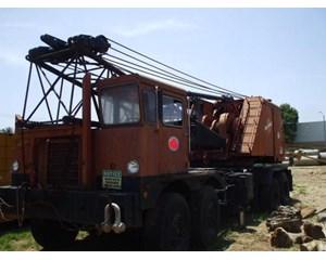 Manitowoc 2900 Crane