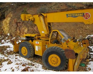 Pettibone  30 Rough Terrain Crane