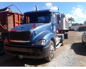 Freightliner CL12042ST-Columbia 120
