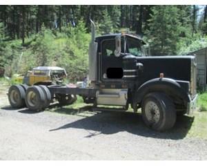Kenworth W900 Day Cab Truck