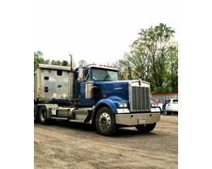 Kenworth W900L Day Cab Truck