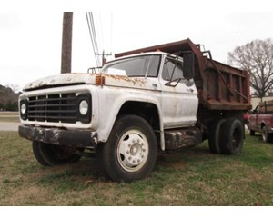 Ford F700 Single Axle Dump Truck