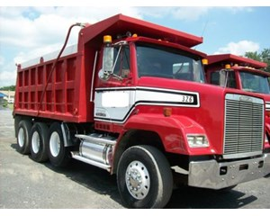 Freightliner FLC11264S Dump Truck