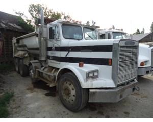 Freightliner FLC12064T Dump Truck