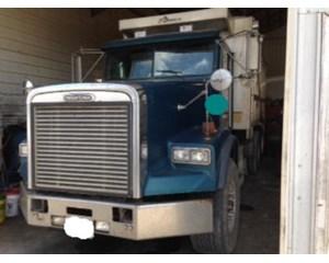 Freightliner FLD12064SD Dump Truck