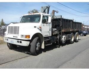 International 4900 6x4 Dump Truck