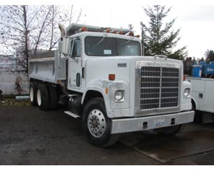 International F4370 Dump Truck