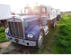 Kenworth W925 Dump Truck