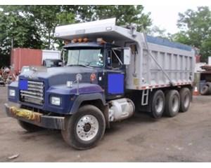 Mack RD 688S Dump Truck