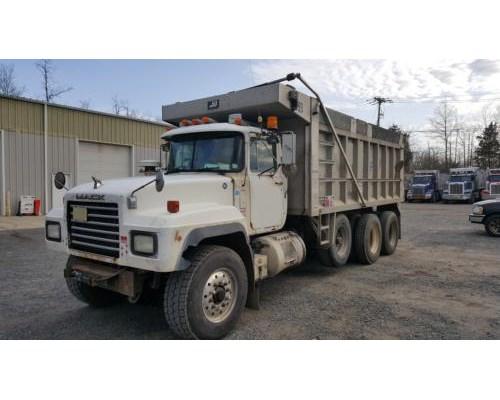2000 mack rd 688s dump truck for sale sanford fl. Black Bedroom Furniture Sets. Home Design Ideas