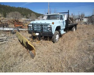 Ford F-600 Flatbed Truck