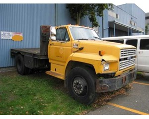 Ford F 700 Flatbed Truck