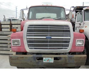 Ford L8000 Flatbed Truck