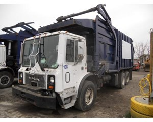 Mack MR690S Garbage Truck