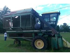 John Deere 9920 Cotton Picker