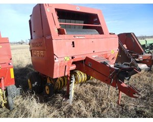 New Holland 688 Round Baler  688 Baler