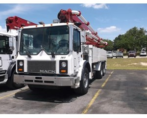 Mack MR688S Mixer / Ready Mix / Concrete Truck