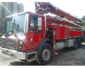 Mack MR688S Mixer / Ready Mix / Concrete Truck
