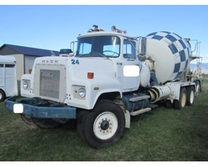 Mack RS690LS Mixer / Ready Mix / Concrete Truck