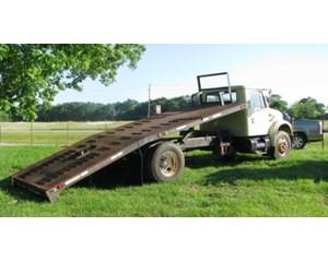 International 4600 4x2 Roll-Off Truck