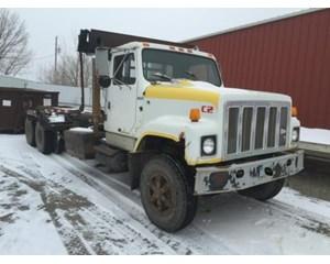 International S2500 Roll-Off Truck