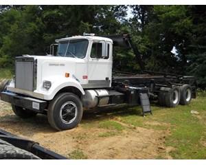 Western Star 4800 Roll-Off Truck
