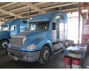 Freightliner CL12064ST Columbia 120 Sleeper Truck