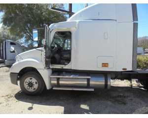 Freightliner CL12064ST Columbia 120