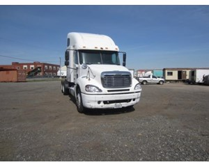 Freightliner Columbia CL12064ST
