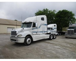 Freightliner Conventional Columbia 120