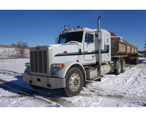 Peterbilt 378  Tandem axle Truck with sleeper