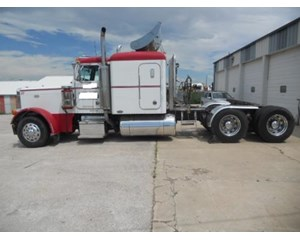 Peterbilt 379 Sleeper Truck