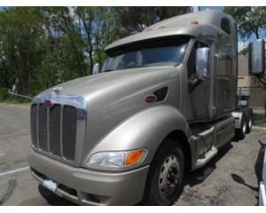 Peterbilt 387 Sleeper Truck