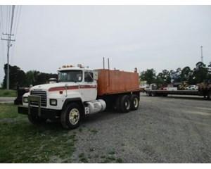 Mack RD688S