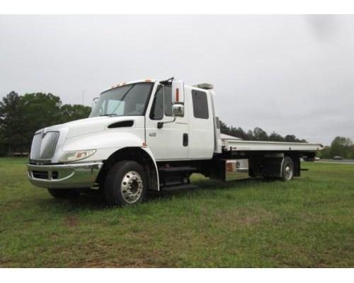 2007 International 4300 DT466 Tow Truck For Sale Sanford