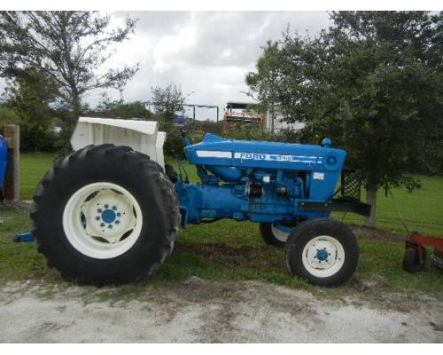 5600 Ford Tractor Seat : Ford tractor tires