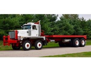 Western Star 6900 XD Winch / Oil Field Truck