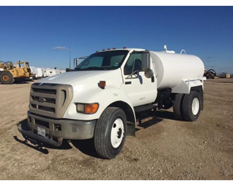Ford F-650 Water Truck