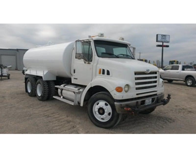 Sterling LT7501 Water Truck