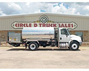 International 4300 Recycling Truck