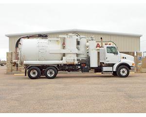 Sterling LT9500 Vacuum Tank Truck