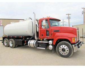TIGER TANKS 80 BBL Vacuum Truck