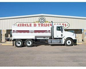 Freightliner CL12064ST Water Tank Truck