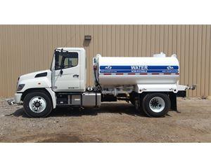 Hino 268 Water Tank Truck