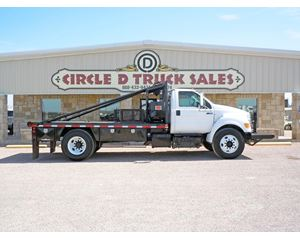 Ford F-750 Winch Truck